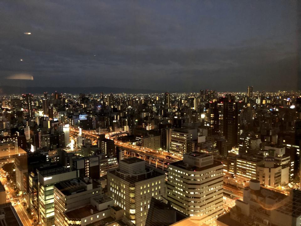大阪本部の入居ビルをご紹介します♪